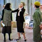 34-Audrey-Hepburn-funny-face-editors-office-1956-222-004